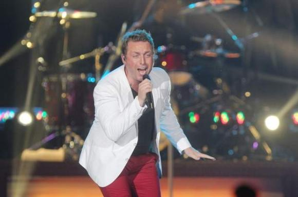 Johnny Reid at Queen Elizabeth Theatre