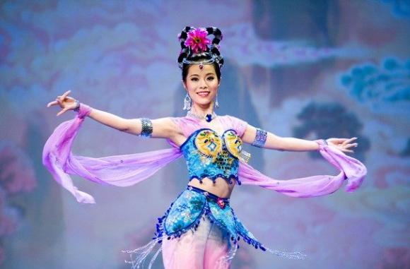 Shen Yun Performing Arts at Queen Elizabeth Theatre